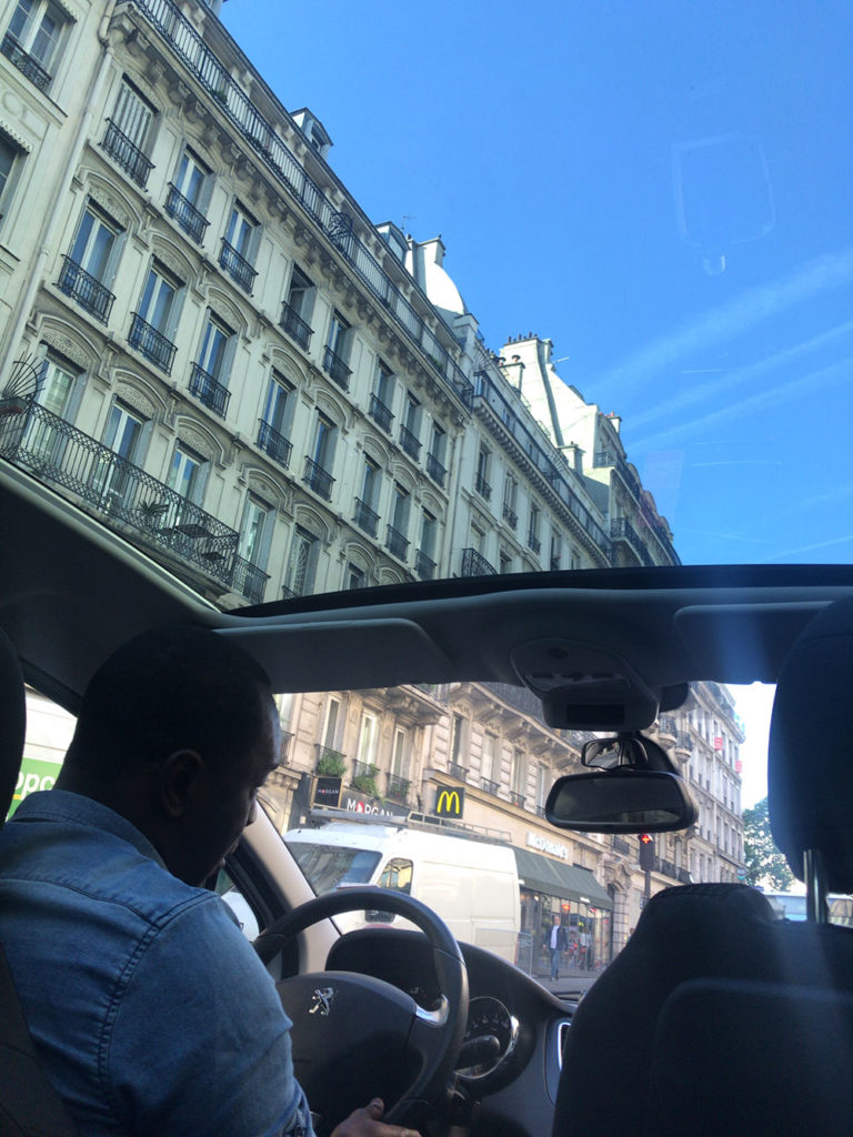 Uber車内